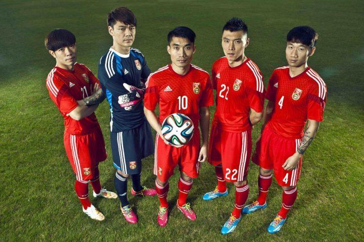 Il pallone italiano sempre più made in Cina