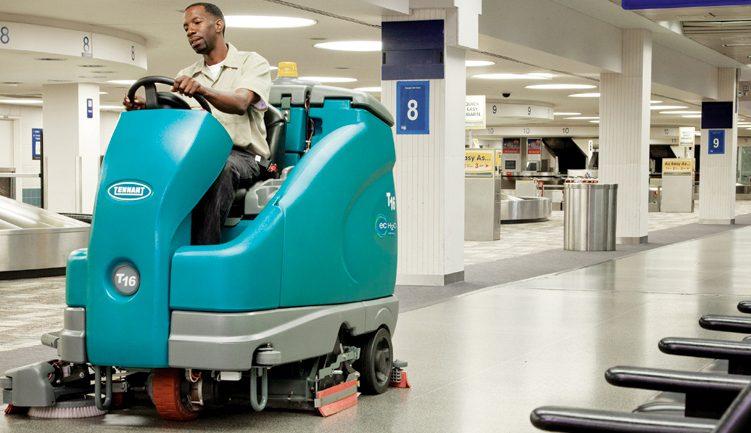 Macchine e attrezzature per la pulizia degli aeroporti